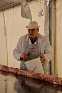 Slager bij Langste rollade ter wereld